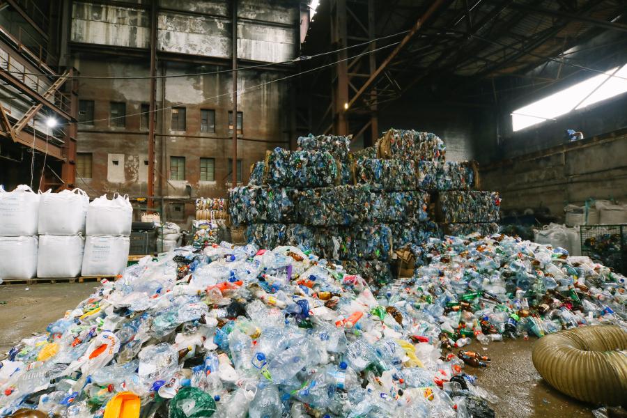 Мужчина лишился глаза на производстве по переработке ПЭТ-бутылок в Балахнинском районе